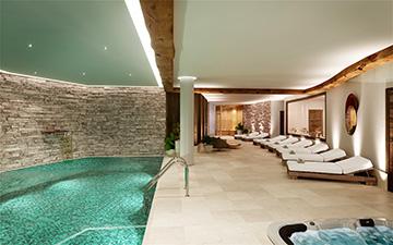Image de synthèse 3D d'un spa dans un chalet de luxe